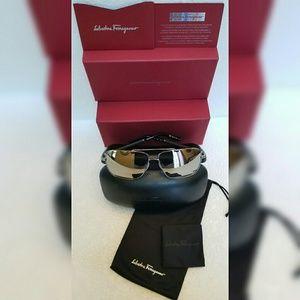 Salvatore Ferragamo Sliver Sunglasses SF145sl